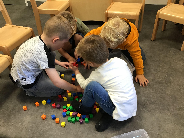 Samen spelen met de blokken